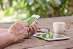 Mobilny internet w wakacje: aktywność internautów rośnie