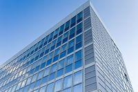 Nieruchomości komercyjne: więcej szans czy zagrożeń?