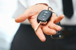 Samochód zastępczy z pełnym odliczeniem VAT bez ewidencji