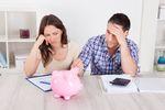 Polacy martwią się o oszczędności bardziej niż o własne zdrowie