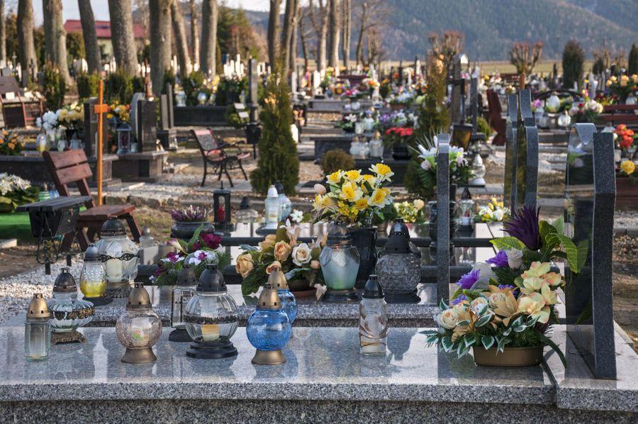 Rewelacyjny Plan zagospodarowania przestrzennego a strefa ochronna cmentarza WE75