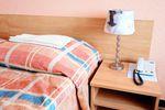 Hotel dla oddelegowanego pracownika z podatkiem dochodowym