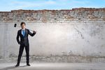 Odmrażanie gospodarki. 4 scenariusze znoszenia ograniczeń