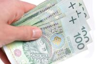 BIK: sprzedaż pożyczek o połowę gorsza niż rok temu