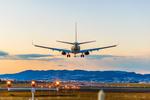Lot samolotem. Co ubezpieczyć? Jak dochodzić swoich praw?