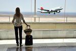 Podróż samolotem a koronawirus. Co musisz wiedzieć?