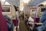 Wakacje 2021 a prawa pasażera linii lotniczych i kolei