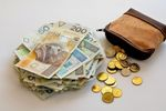 Średnia krajowa wzrosła w lutym 2021 o 4,5% r/r