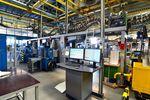 PMI rośnie, ale wzrost spowalnia