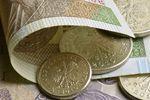 Dlaczego zamówienia publiczne nie uwzględniają płacy minimalnej?