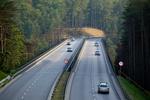 Polscy kierowcy jeżdżą wolniej