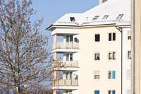 Popyt na droższe mieszkania większy w Warszawie