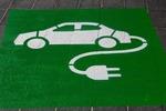 Elektromobilność ma pracę dla inżyniera. Sprawdź wymagania i zarobki