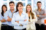 Milenialsi czy pokolenie X? Kto lepiej odnajduje się na rynku pracy?
