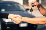 Kiedy sprzedaż samochodu osobowego w spadku bez podatku?