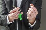 Jak odliczyć VAT od wydatków na prywatny samochód osobowy