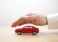 Jak rozliczyć podatkowo ubezpieczenie samochodu osobowego?