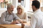 Seniorzy na rynku nieruchomości coraz częściej kupują i sprzedają