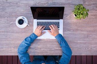 3 bezpieczne sposoby na zdalne zawieranie umów  [© pixabay.com]
