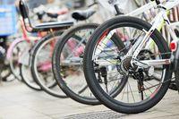 Deloitte: dlaczego sprzęt sportowy kupujemy stacjonarnie?