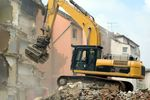Pozwolenie na rozbiórkę: sprzedaż gruntu niezabudowanego czy zabudowanego?