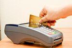Karty kredytowe gonią kredyty odnawialne