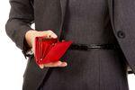 Zarobki kobiet wciąż niższe, ale nie w tych branżach