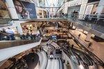 Centra handlowa: niższa odwiedzalność i obroty, wyższa cyfryzacja
