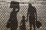 Uchodźcy a rynek pracy: fakty i mity