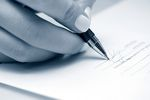 Podpisanie umowy bez czytania to norma