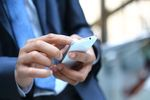 Firmowe dane na prywatnych telefonach i laptopach. Do kupienia w komisie