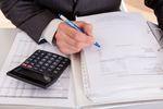 Brak podstawy prawnej zwolnienia podmiotowego na fakturze VAT