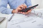 Jak odliczyć VAT z faktur sprzed rejestracji?