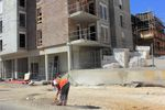 Dlaczego inwestorom opłaca się dbać o otoczenie terenu budowy?