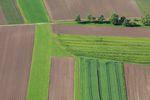 Kupujemy raczej użytki rolne niż działki budowlane?