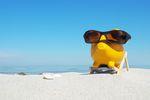 Co lepsze? Karencja w spłacie kredytu czy wakacje kredytowe?