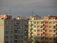 Czy pełna własność i spółdzielcze własnościowe prawo do lokalu to to samo?