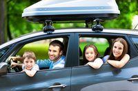 O czym warto pamiętać planując ekonomiczną podróż wakacyjną samochodem?