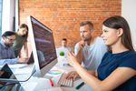 Mają krocie, a chcą więcej. Na jakie zarobki liczy programista?