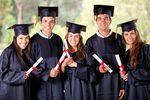 Wynagrodzenia absolwentów uniwersytetów niepublicznych w Polsce w 2015