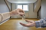 Wynajem mieszkania: liczy się dobry standard, meble i umowa