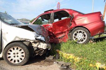 Kolizja czy wypadek drogowy? Jakie różnice i jak się zachować? [© beeandbee - Fotolia.com]