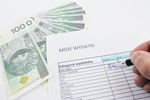 Finanse Polaków: bez oszczędności, wakacji, ale z wydatkami