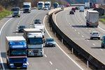 Podróże zagraniczne: rozliczenie VAT od zakupu paliwa i autostrad