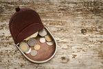 Koronawirus ogranicza budżet domowy, ale nie na zakupy online