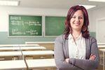 Niskie zarobki nauczycieli. Bez korepetycji ani rusz?