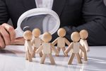 Rekrutację pracowników planuje 11% firm, redukcję etatów - 2%