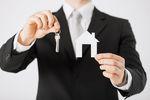 Pośrednik nieruchomości bez licencji nie taki zły