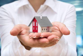 Wycena nieruchomości bez podatku VAT?